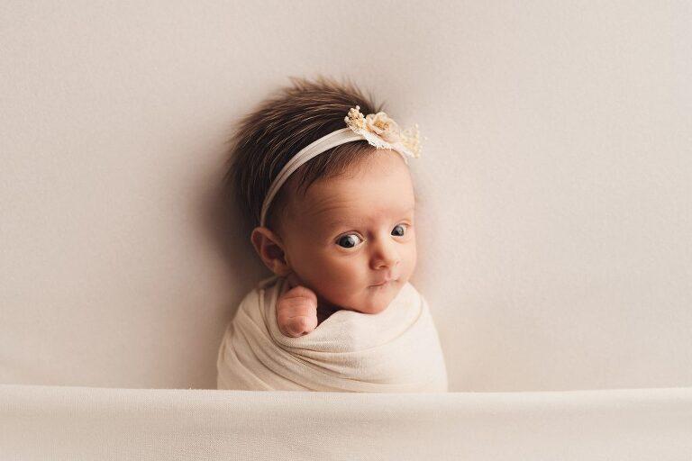 newborn photography 4-weeks-old baby